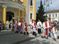 Úrnapi körmenet a sárvári Szent László Plébániatemplomban